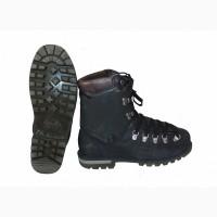 Ботинки пластиковые. Размер 41/26.5 см. Альпинизм, горный туризм