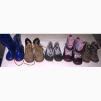 Продам недорого детские ботинки и сапожки б/у