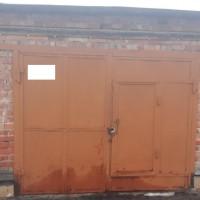 Продам недорого гараж на П.Поле, по адресу пр.Науки75