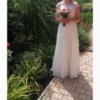 Продам весільне плаття в ідеальному стані. Розмір М. Ріст 172-175 см