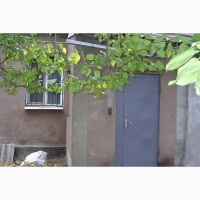 Бесплатно жильё для одинокой женщины до 50 лет в центре Николаева, за помощь в квартире