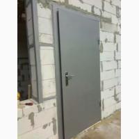 Двери входные бронированные, решетки на окна